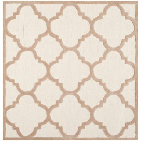 Safavieh Handmade Moroccan Cambridge Ivory/ Beige Wool Rug - 6' x 6' Square