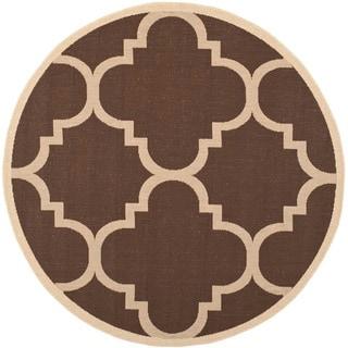 Safavieh Indoor/ Outdoor Courtyard Dark Brown Rug (6'7 Round)