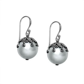 Handcrafted Filagree Sterling Silver Bali Shell Pearl Dangle Earrings (Indonesia)