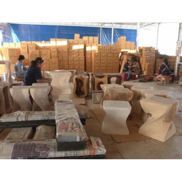 Handmade Teak Slat 18 X 16 X 18 Oak Oil Finished End Table With Shelf (