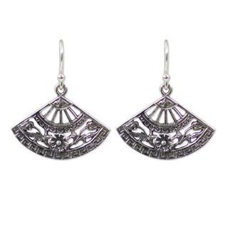 Handmade Sterling Silver 'Chiang Mai Breeze' Earrings (Thailand)