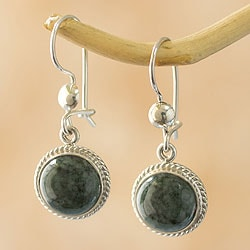 Handcrafted Sterling Silver 'Mixco Moon' Jade Earrings (Guatemala)