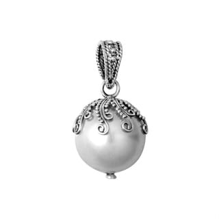 Handmade Sterling Silver Bali Shell Pearl Drop Pendant (Indonesia)