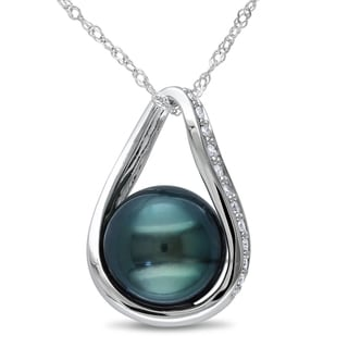 Miadora 14k White Gold Tahitian Pearl and 1/10ct TDW Diamond Necklace