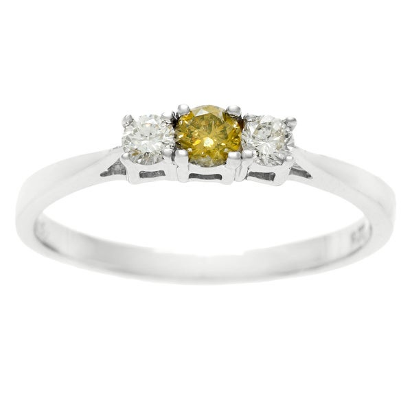 Sterling Silver 0.25 TDW Three Stone Yellow and White Diamond Ring