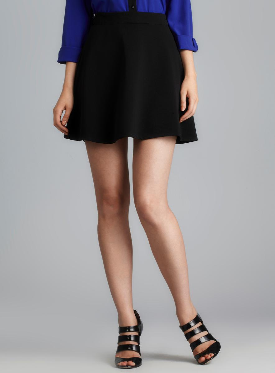 Romeo & Juliet Couture Textured Flare Skirt