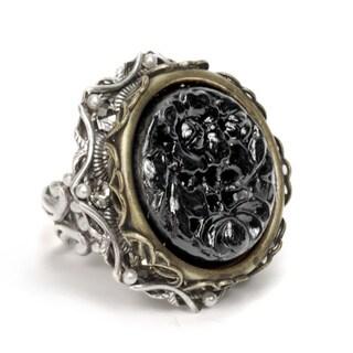 Sweet Romance Black Vintage Carved Glass Ring