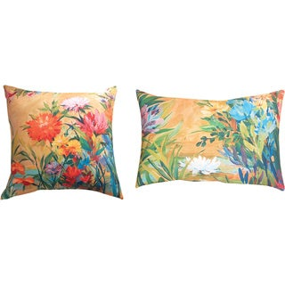 Martha's Choice Floral Indoor/ Outdoor Reversible Decorative Pillows (Set of 2)