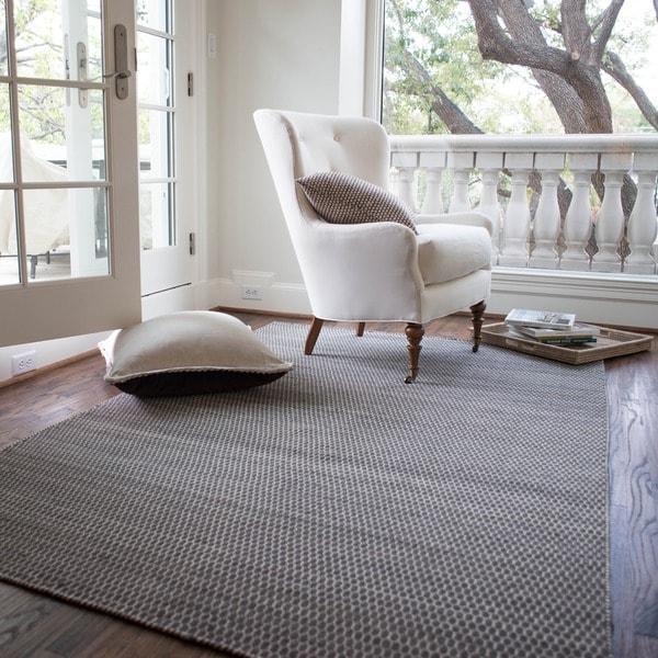 Hand-woven Poplin Charcoal Wool/ Cotton Rug (5'0 x 7'6)