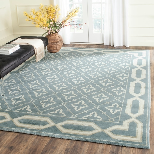 Safavieh Hand-knotted Mosaic Blue/ Beige Wool/ Viscose Rug - 8' x 10'