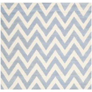 Safavieh Handmade Moroccan Cambridge Chevron Light Blue Wool Rug (6' Square)