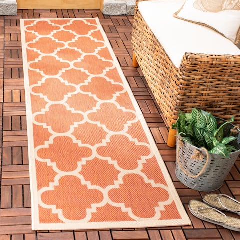 """Safavieh Courtyard Quatrefoil Terracotta Indoor/ Outdoor Rug - 2'3"""" x 8' Runner"""