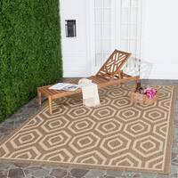 """Safavieh Courtyard Honeycomb Brown/ Bone Indoor/ Outdoor Rug - 6'7"""" x 9'6"""""""