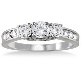 10K White Gold 1ct TDW Round Diamond Three Stone Ring