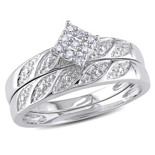 Miadora Sterling Silver 1/10ct TDW Diamond Cluster Engagement Ring Wedding Band Set