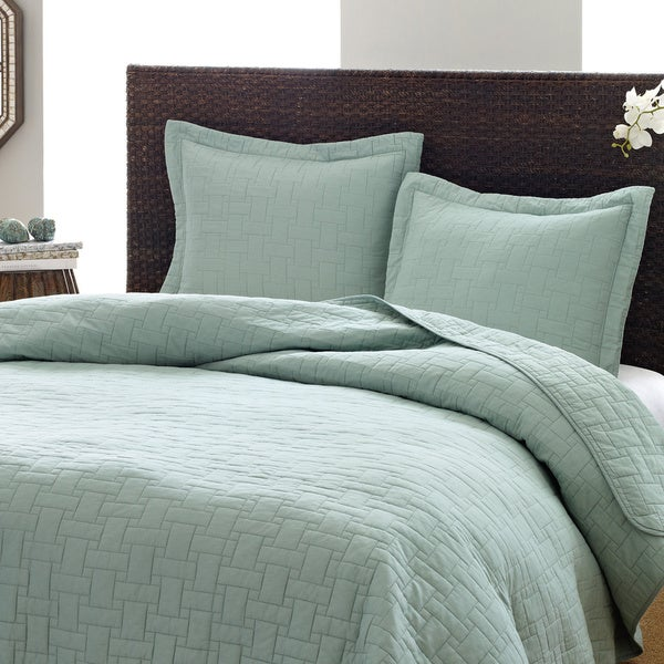 Shop Tommy Bahama Aruba Blue 3 Piece Cotton Quilt Set