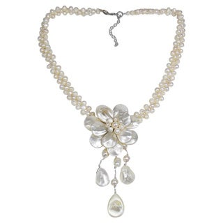 Lotus Rain Mother of Pearl and Pearl Floral Necklace (Thailand)