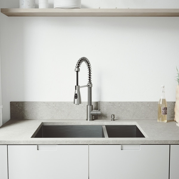VIGO Endicott Stainless Steel Kitchen Sink Set with Brant Faucet