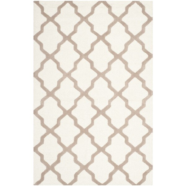 Safavieh Handmade Moroccan Cambridge Ivory Wool Rug (8' x 10')