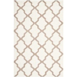 Safavieh Handmade Moroccan Cambridge Ivory Wool Rug (9' x 12')