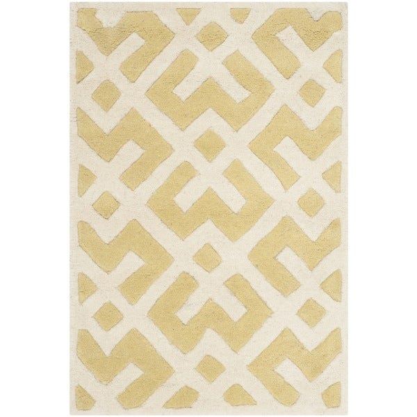Safavieh Handmade Moroccan Chatham Light Gold/ Ivory Wool Rug (2' x 3')