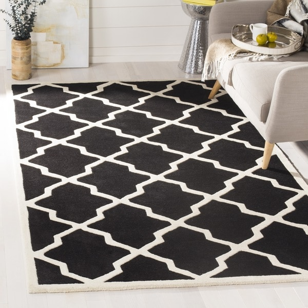 Safavieh Handmade Moroccan Chatham Black/ Ivory Wool Rug - 6' x 9'