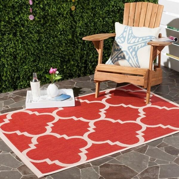 Safavieh Courtyard Quatrefoil Red Indoor/ Outdoor Rug - 8' x 11'