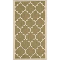 Safavieh Courtyard Moroccan Pattern Green/ Beige Indoor/ Outdoor Rug - 2' x 3'7