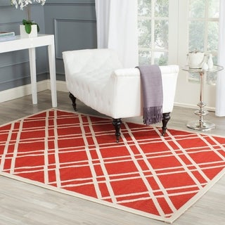 Safavieh Indoor/ Outdoor Courtyard Crisscross-pattern Red/ Bone Rug (4' x 5'7)
