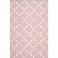 Safavieh Hand-woven Moroccan Reversible Dhurrie Pink/ Ivory Wool Rug - 4' x 6'
