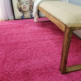 Soft Shag Pink Area Rug (5' x 7')