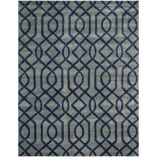 Safavieh Hand-made Soho Grey/ Dark Blue Wool Rug (5' x 8')