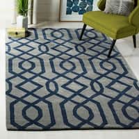 Safavieh Hand-made Soho Grey/ Dark Blue Wool Rug - 5' x 8'