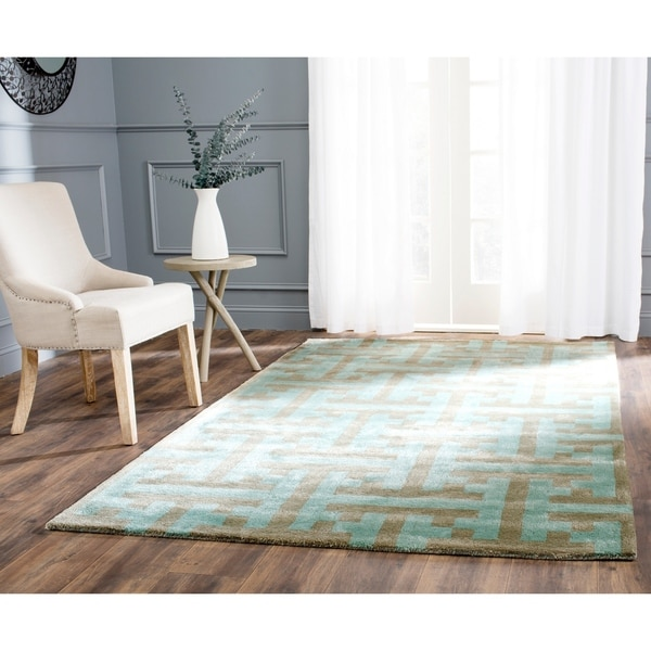 Safavieh Handmade Soho Light Blue Wool Rug - 7'6 x 9'6