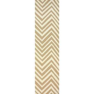 nuLOOM Handmade Alexa Chevron Wool Runner Rug (2'6 x 12')