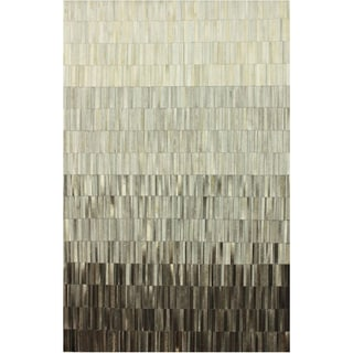 nuLOOM Handmade Abstract Grey Cowhide Leather Rug (5' x 8')