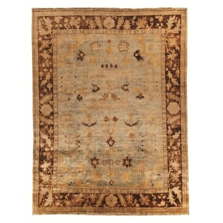 Safavieh Hand-knotted Oushak Soft Green/ Rust Wool Rug (4' x 6')