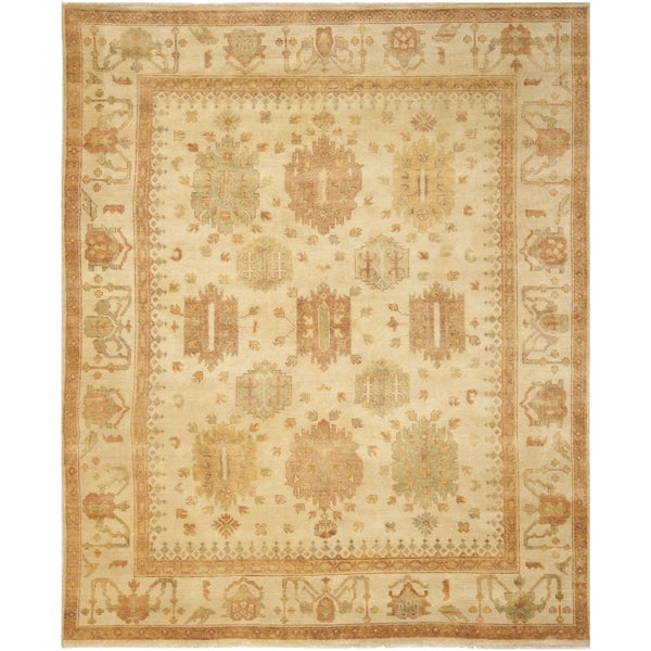 Safavieh Hand-knotted Oushak Ivory/ Ivory Wool Rug (9' x 12')