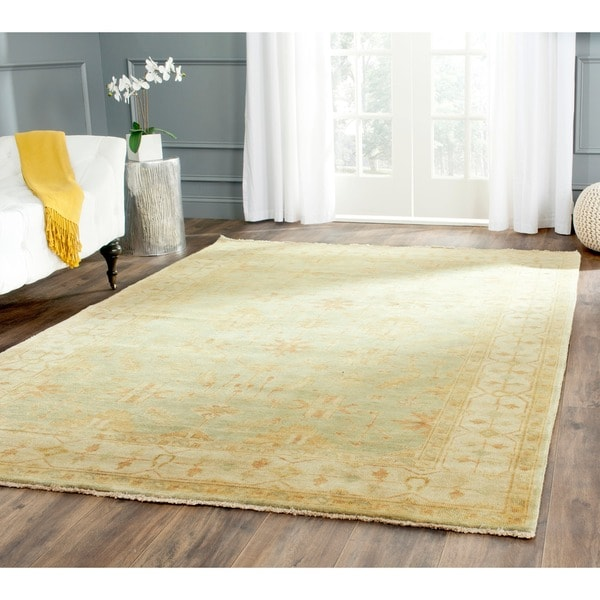 Safavieh Hand Knotted Oushak Soft Green Ivory Wool Rug