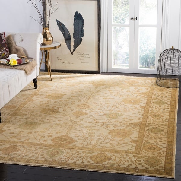 Safavieh Hand-knotted Oushak Ivory/ Ivory Wool Rug - 10' x 14'