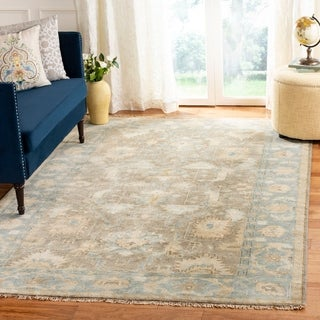 Safavieh Couture Hand-knotted Oushak Phera Traditional Oriental Wool Rug with Fringe