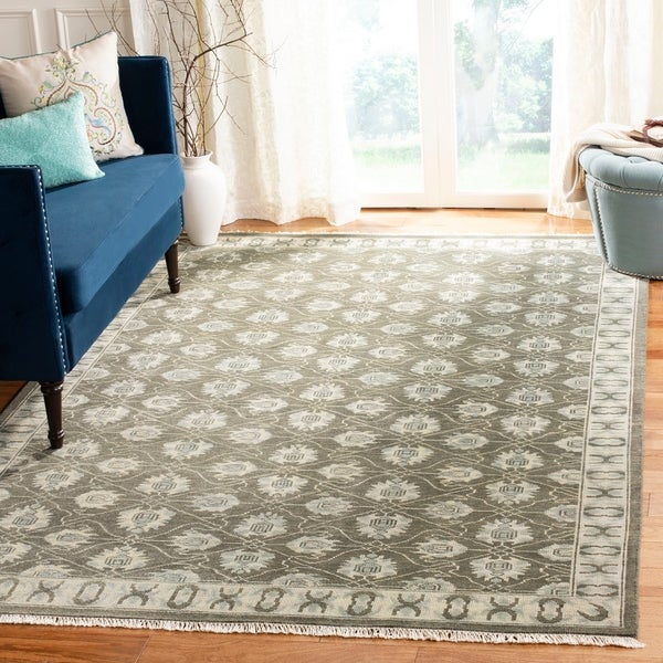 Safavieh Hand-knotted Oushak Grey Wool Rug - 9' x 12'