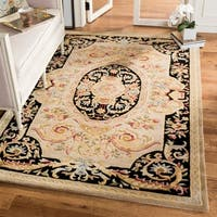 Safavieh Hand-made Savonnerie Ivory/ Gold Wool Rug - 9' x 12'