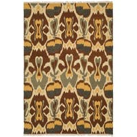 Safavieh Hand-woven Sumak Grey/ Red Wool Rug - 4' x 6'