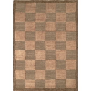 Safavieh Hand-knotted Tibetan Checkers Green/ Beige Wool Rug (10' x 14')