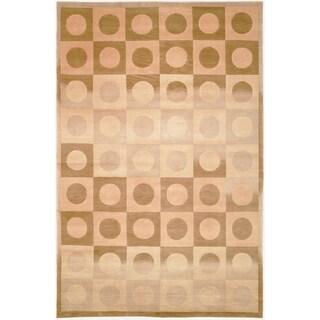 Safavieh Hand-knotted Tibetan Geometric Beige/ Brown Wool Rug (6' x 9')