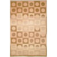 Safavieh Hand-knotted Tibetan Geometric Beige/ Brown Wool Rug - 6' x 9'
