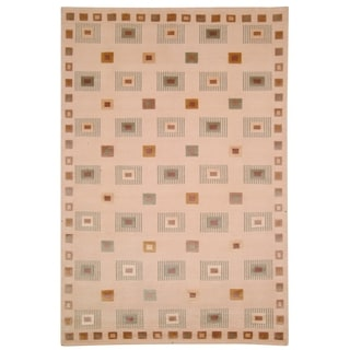 Safavieh Hand-knotted Tibetan Geometric Ivory Wool Area Rug (9' x 12')