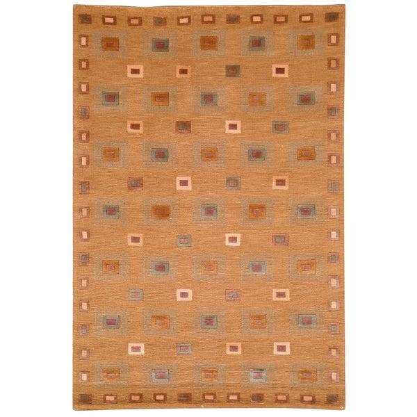 Safavieh Hand-knotted Tibetan Geometric Gold Wool Rug (5' x 7'6)