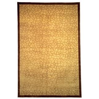 Safavieh Hand-knotted Tibetan Gold Wool/ Silk Rug (5' x 7'6)
